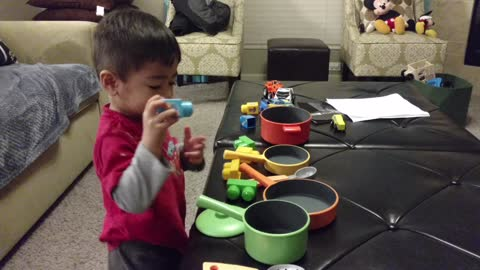 Toddler destined to become Master Chef