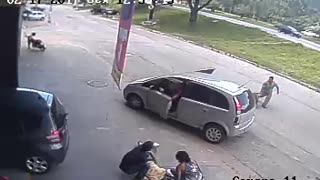 Pedestrian Struck by Tire - Video