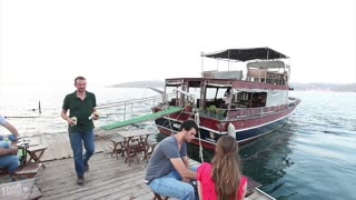 Beautiful Scenery | Boring Sandwich | Exploring Istanbul with a local - Video