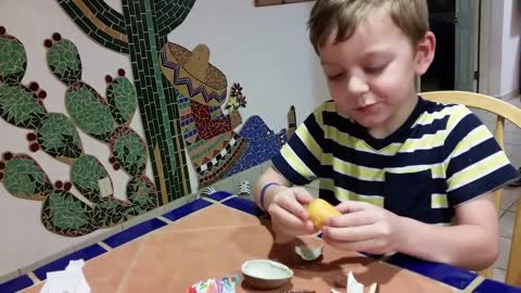 Opening a My Little Pony Kinder Surprise Egg in Mexico!
