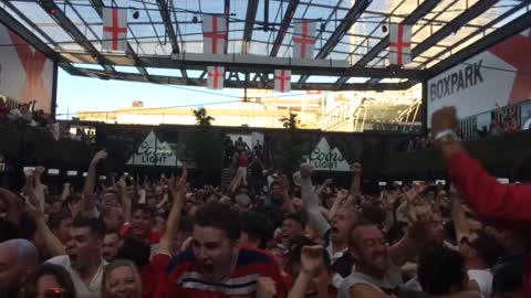 England Score Against Croatia. World Cup 2018. Crowd Goes Mental!