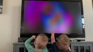 Twins Think They Can Pause a TV like an iPad