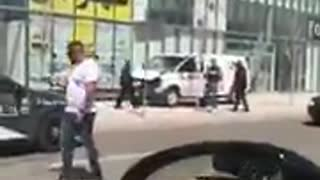 Footage shows Toronto van attack suspect getting arrested - Video