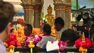 Thai police release drawing of suspect in shrine bombing - Video