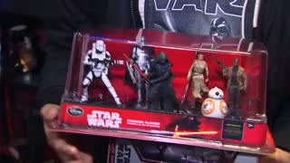 Star Wars fans feel merchandise force - Video