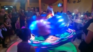 Gifted Dancer Shows Off Skills In Wedding