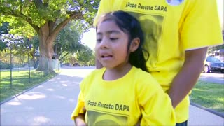 Girl appeals to Pope for immigration help - Video