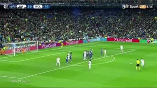 Cristiano Ronaldo Scores Hat Trick, Leads Team to Win - Video