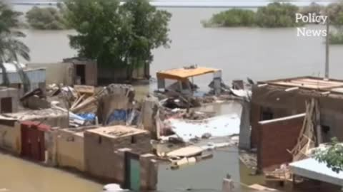 Massive floods inund ate the African Sahil countries,killing hundreds