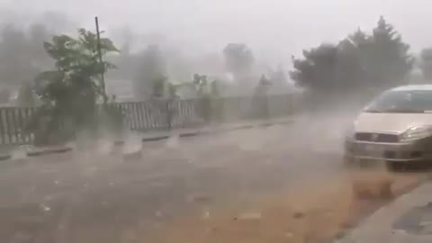 Heavy rain in Bangladesh, very dangerous rain