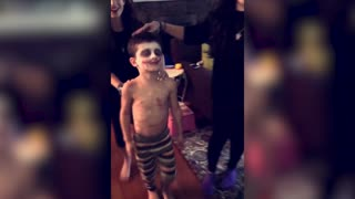 Boy Screams From Makeup Sister Puts On - Video