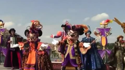Special Customs Party For Chipmunks Characters Show