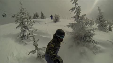 Snowboarder with selfie stick crashes into tree