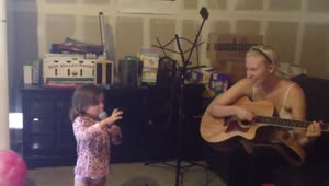 Adorable toddler shows off freestyle singing skills - Video