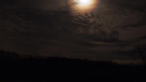 Night cloud timelapse try.