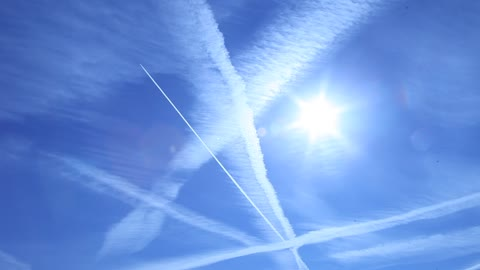 Chemtrails or Contrails?