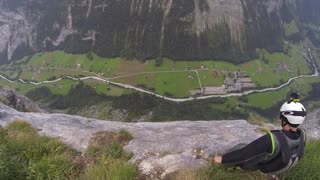 Amazing POV footage of wingsuit BASE jumping - Video