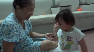 Khanh An is a doctor  - Video