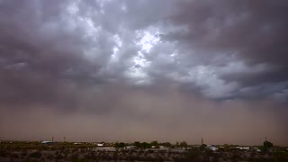 Stunning time lapse captures sandstorm in Casa Grande, Arizona
