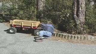 17 Little Red Wagon Fails That Will Remind You Of Your Childhood - Video