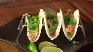 Jicama spicy lobster street taco recipe - Video