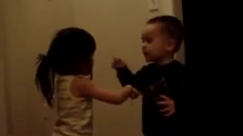 Baby fighting intensivly