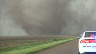 Extreme close range footage of tornadoes in Kansas - Video