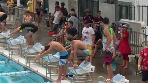 Swimming Relay Race Dive Bomb