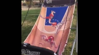 Shooting basketball game dunk fail