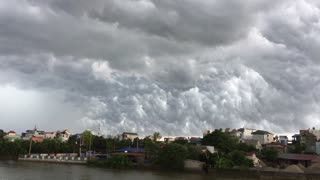 Bizarre Storm Clouds - Video