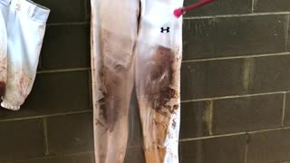 How To Clean Mud Stains Fast - Video