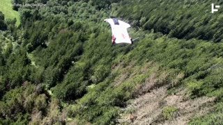 The Dangerous, High-Flying History of Wingsuits - Video