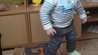 Fanny babies dancing  - Video