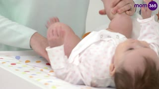 How to change a disposable diaper - Video