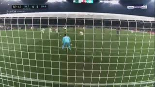 El segundo gol de Suarez vs Real Betis - Video