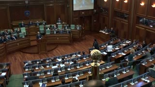Lawmakers throw eggs at Kosovo prime minister