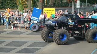 Monster Truck Crashes Into Crowd In Netherlands - Video