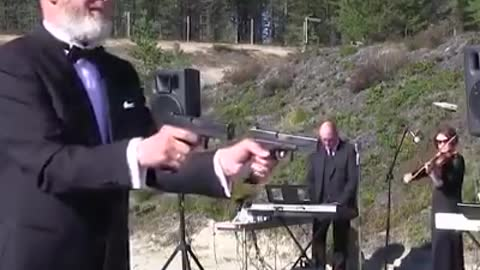 These russians have found a new use for firearms