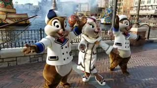 Special Movement Dance From Chipmunks Show For Talented