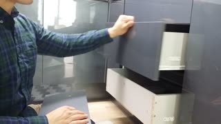 Clever Life Hack To Fix A Warn Down Kitchen Cabinet  - Video
