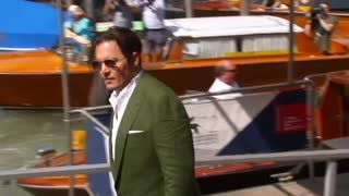 Johnny Depp hysteria in Venice - Video