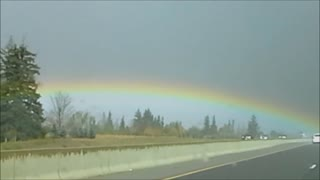 Perfect rainbow in the sky - Video
