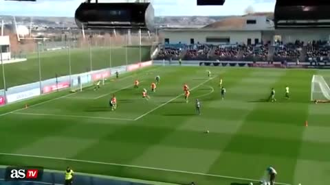 Ronaldo Incredible Goal At First Training with Zidane
