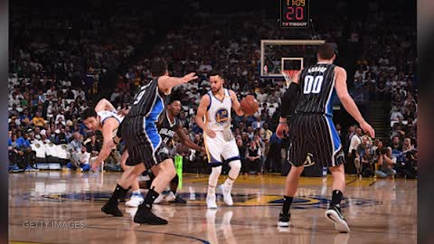 Steph Curry FAKES Out Magic with RIDICULOUS Reverse Layup