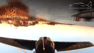 Pilot executes jaw-dropping inverted flight stunts - Video