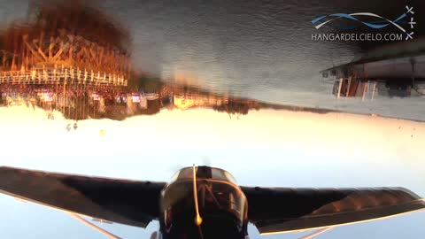 Pilot executes jaw-dropping inverted flight stunts