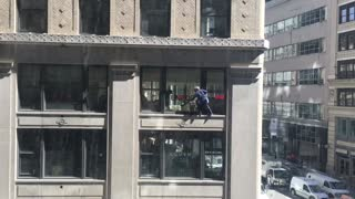 Crazy NYC Window Cleaner - Video
