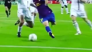 Lionel Messi vs Alessandro Nesta - Video