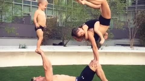 Acrobat parents entertain kids in best possible way