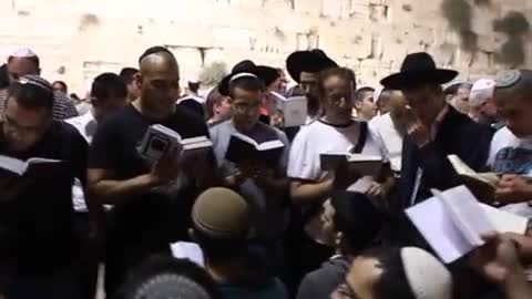 cultures from around the world - Jews pray at the Western Wall Selichot prayers 1